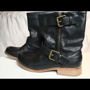 Slouchy black ankle boots
